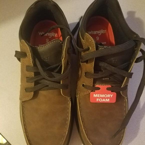 701e82a8 wrangler memory foam dress shoes mens size 9. M_5a73cab800450fe20aca7e05